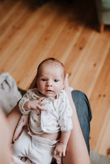 in home newborn photography kings langle