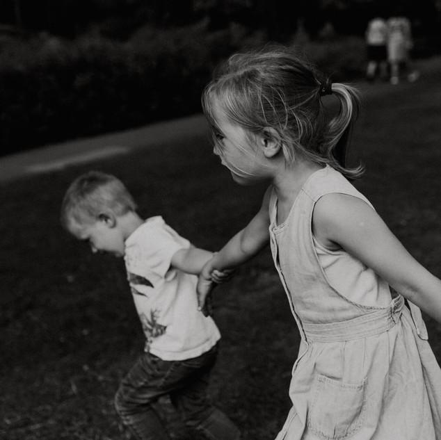 Professional childrens photographer heme