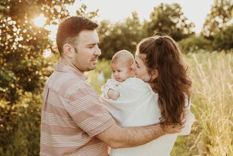 Family photo outdoor Watford.jpg