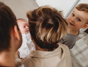 professional newborn photographer luton.