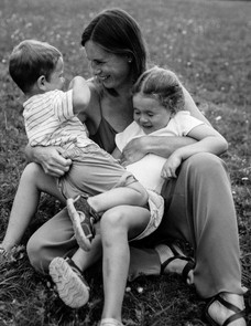 mother and children photography hertford