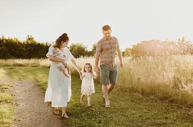 Outdoor family photographer St. Albans.jpg