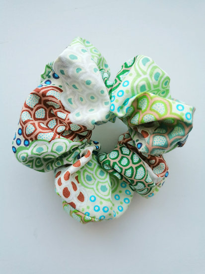 "Green Scrunchie - June Smith ""Dancing Flowers"""