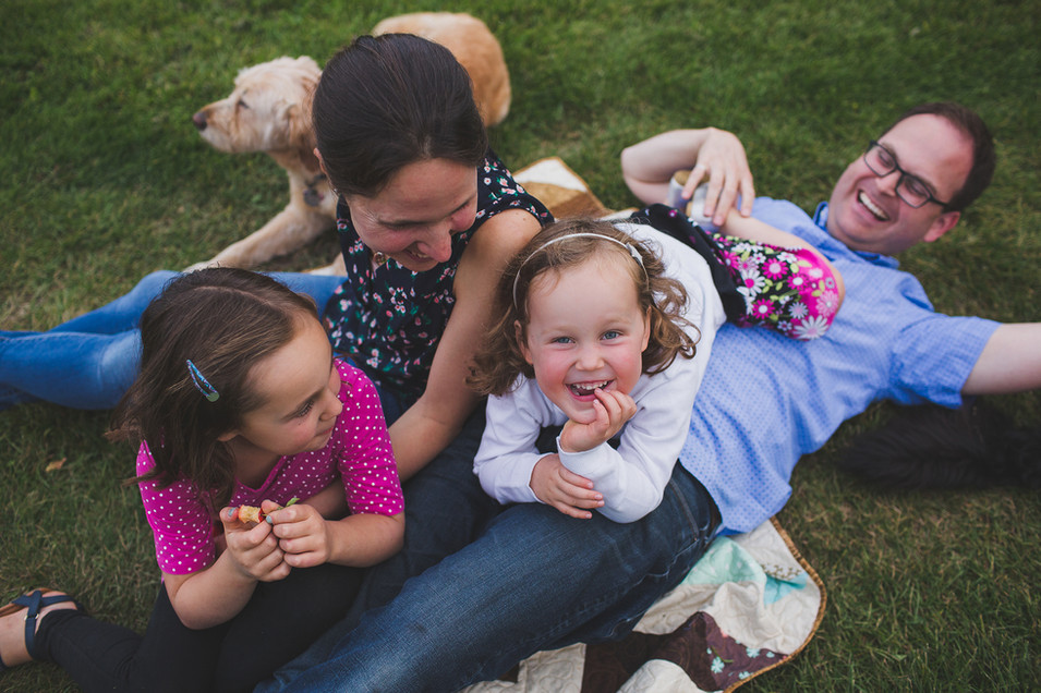 Edmonton-family-fall-photographer-laught