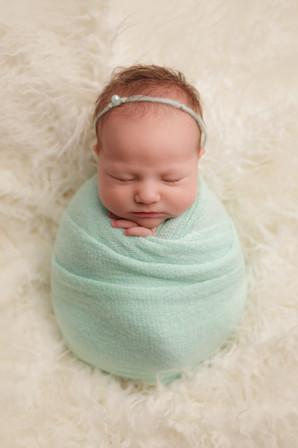 Edmonton-newborn-photographer-Reagan-chr