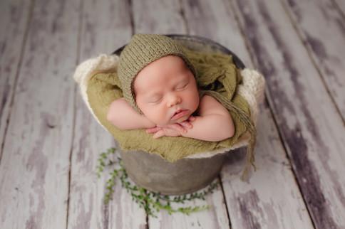 Edmonton-newborn-baby-boy-leo-christy-we