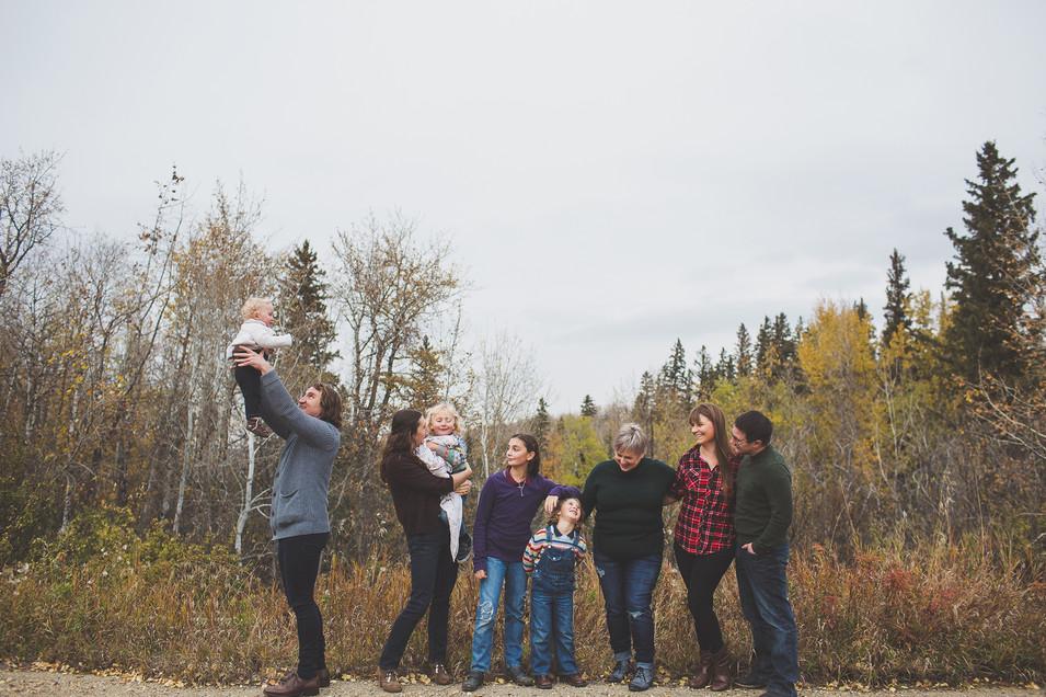 Edmonton-fall-family-photographer-K-webs