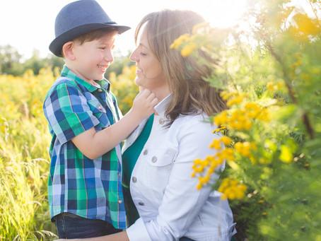Rui & Mom | Edmonton Photographer Summer Family