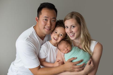 Edmonton-newborn-photographer-family-oli
