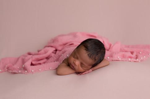 Edmonton-newborn-baby-photographer-girl-