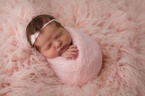Edmonton-newborn-photographer-potato-sac