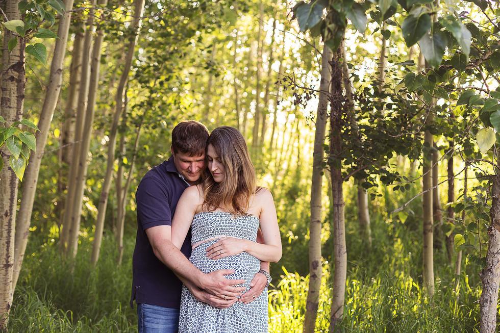 edmonton-maternity-photographer-forest-g