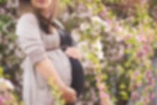 edmonton-cherry-blossom-maternity-photog