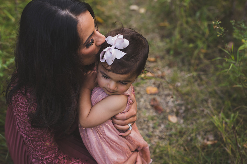 Edmonton-mother-and-daughter-photographe