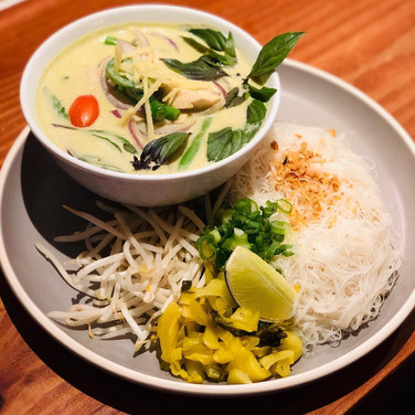 Green Curry with Yellow tail