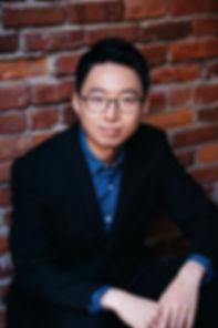 Tomoya Headshot.jpg