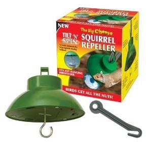 Tilt 'n' spin squirrel repeller