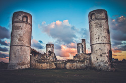 Les ruines du manoir série une