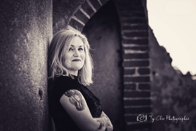 Portrait Catherine (1).jpg