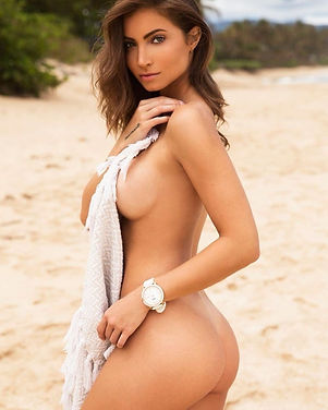 @Anna Louise_Girls Definitely in Control