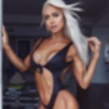 @Lauren_Simpson-Girls_Definitely_in_Con