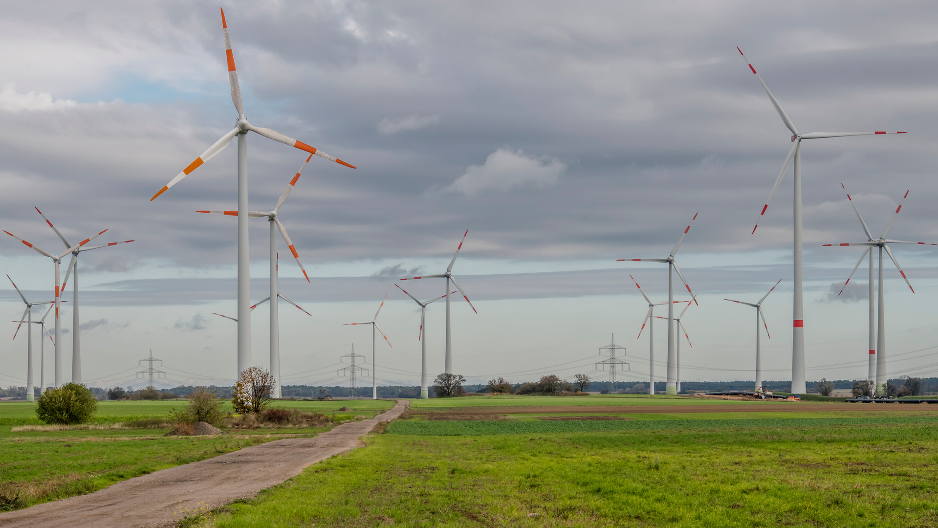 Rehfelde_Photovoltaik_Windpark_Druck_03.
