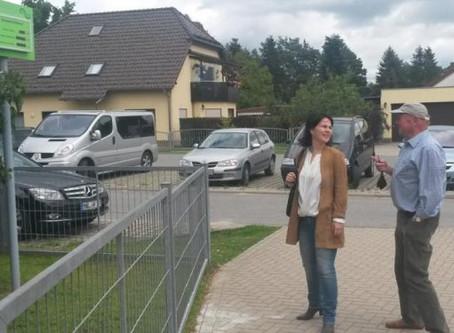 Grüne Bundestagsabgeordnete macht Station in Rehfelde