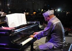 Mariano Morales Piano