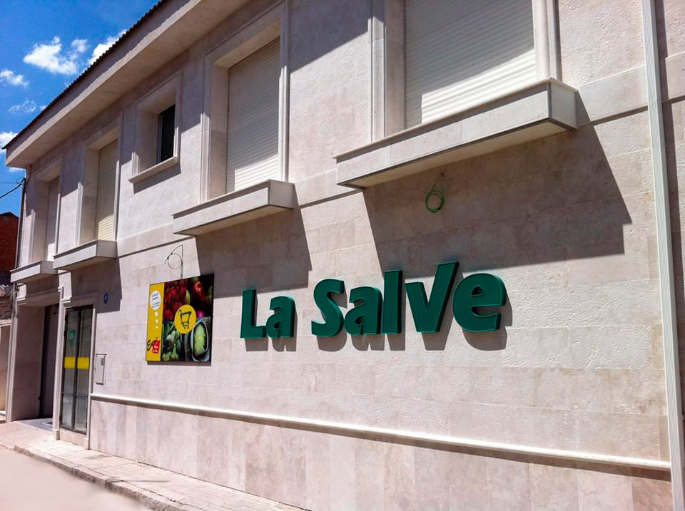 Fachada LaSalve Campaspero