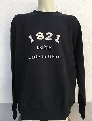 Sweat-shirt noir brodé