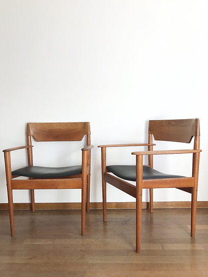 Pair of Grete Jalk Armchairs PJ 2-4 Teak