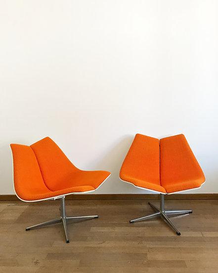 Pair of Expo 67 Lounge Chairs Ebena LaSalle