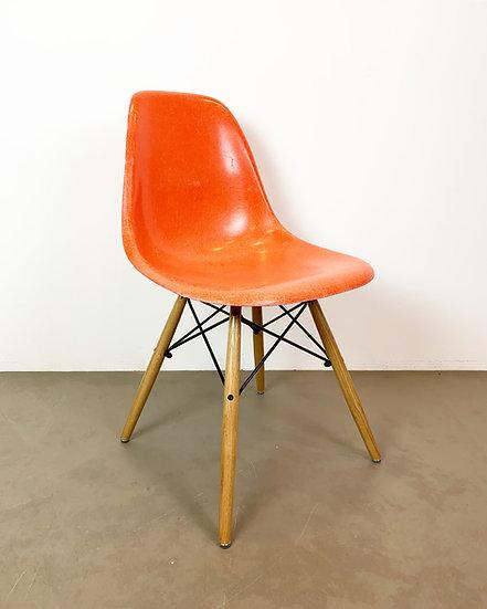 Charles & Ray Eames Side Chair Fiberglass Orange Herman Miller 60s
