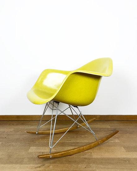 Charles & Ray Eames Rocking Chair Fiberglass Herman Miller 1960s