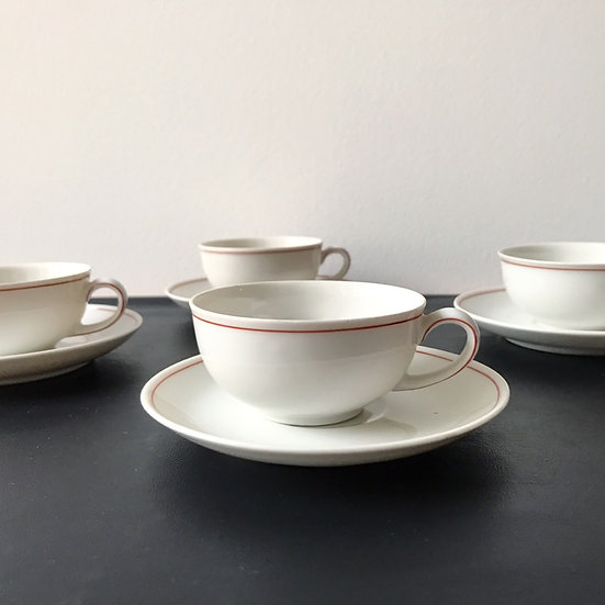 Set of 4 Hermann Gretsch Arzberg Tea Cups 30's