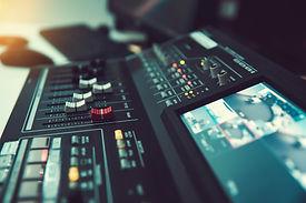 close-up-volume-slide-of-digital-sound-m