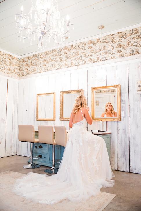 Central Texas Wedding Venue - Bridal Suite