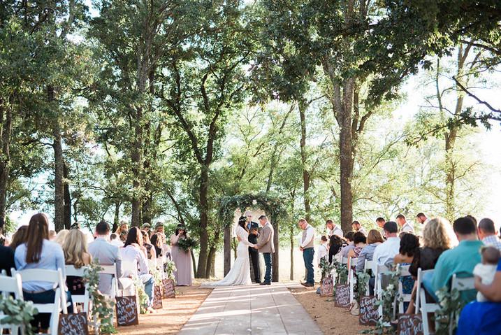 Central Texas Wedding Venue - Outdoor Ceremony