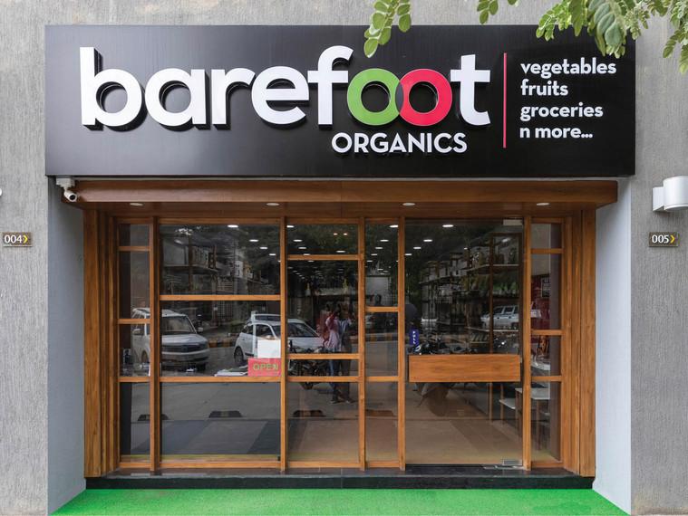 barefoot3.jpg