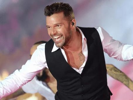 """¿Adiós a la música Ricky Martin? """"No lo dejan cantar"""""""