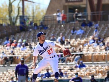 Trevor Bauer tiene impresionante debut con los Dodgers
