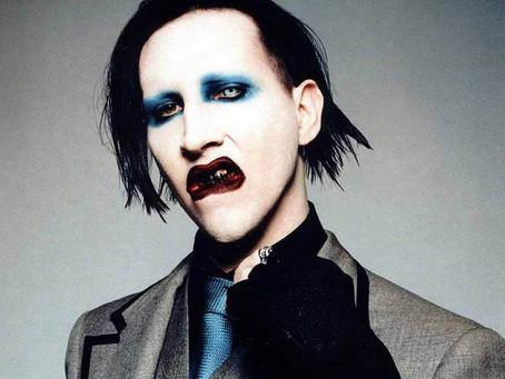 Emiten orden de arresto contra Marilyn Manson por escupir en concierto