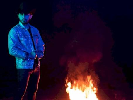 Joss Favela muestra sus sentimientos en nuevo álbum
