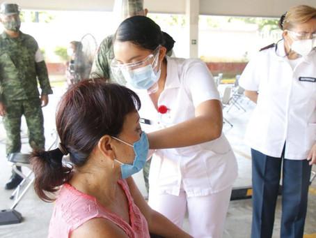 La aplicación de las segundas dosis para personas de Mérida de las farmacéuticas Pfizer y Sinovac