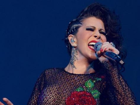 Alejandra Guzmán celebra 33 años de carrera y así fue su debut ¡Con terrible error!