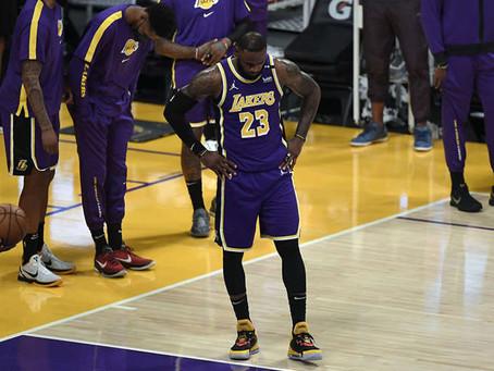 LeBron James falla triple ganador en derrota de Lakers ante Kings