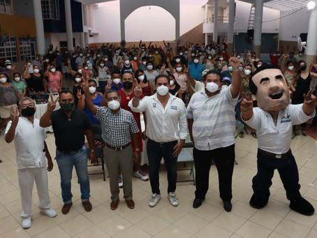 Líderes sindicales y trabajadores reconoce el desempeño y apoyo del candidato Julián Zacarías