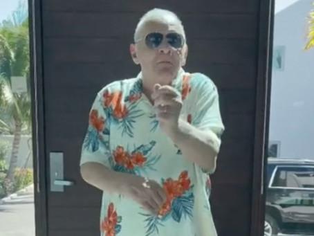 Anthony Hopkins le pone sabor a Tiktok bailando merengue