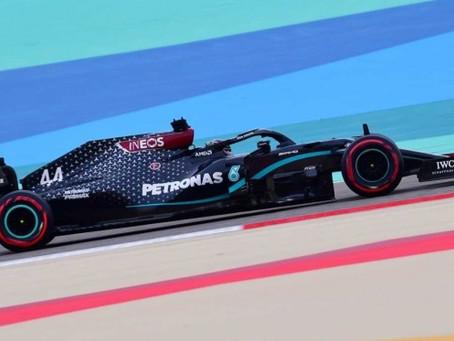 Hamilton logra la 'pole' en Bahréin; 'Checo' saldrá quinto