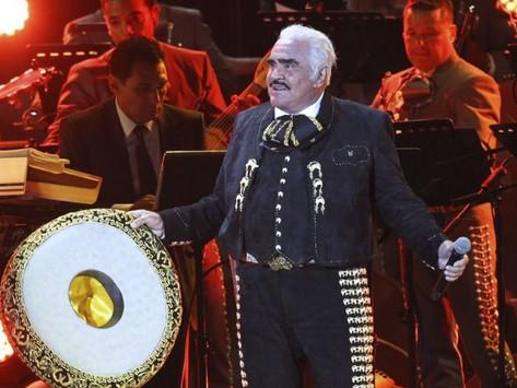 """Vicente Fernández """"Un azteca en el azteca"""" el último concierto que dio el Charro de Huentitlán"""
